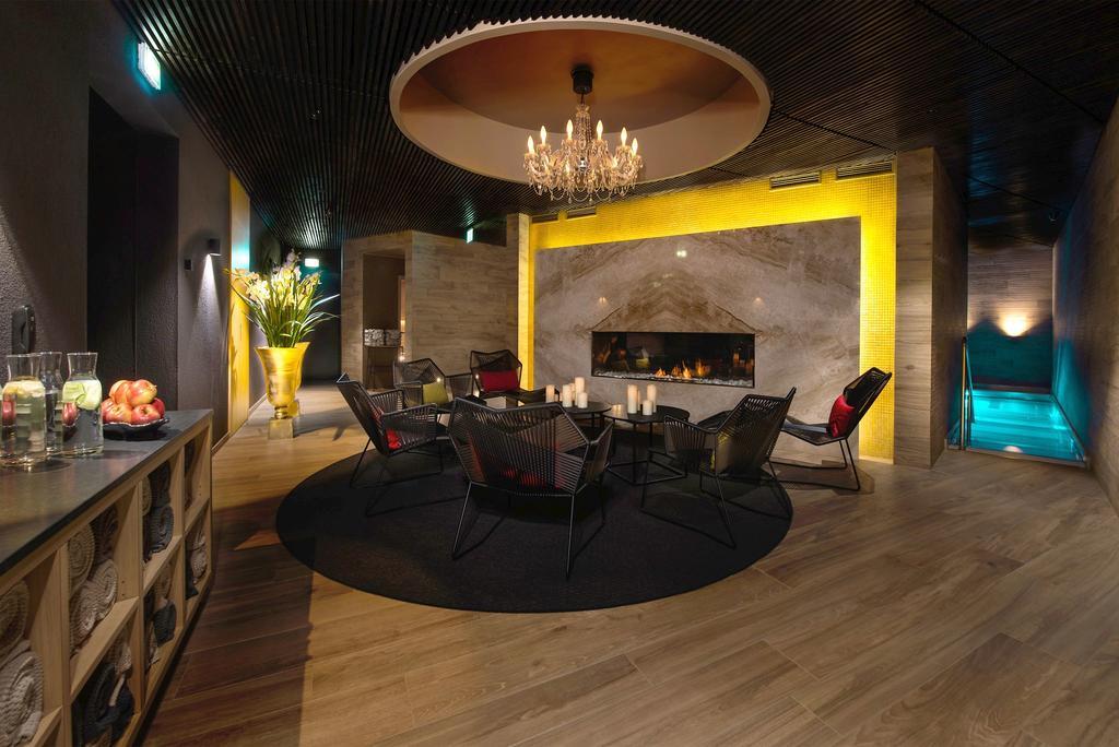 cdd4d7ae9e0 Tegemist on 4 superior tärni hotelliga kus on kokku 70 tuba, erinevaid  sauna- ja lõõgastusvõimalusi pakkuv spaa-lounge, fitness-klubi ning restoran  ...